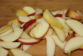 Crop hybrids can prevent browning on slicing in apples