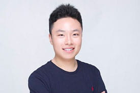 Rideal 2018 Travel Bursary recipient, Peicheng Xu